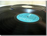 180px-Vinyl_albums